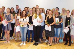 Feierliche Verabschiedung der BFS 2 Klassen am 19. Juni 2017